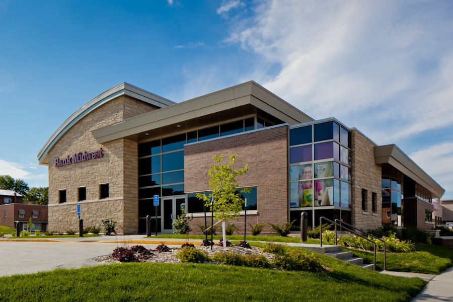 120807_BankMidwest_S_009