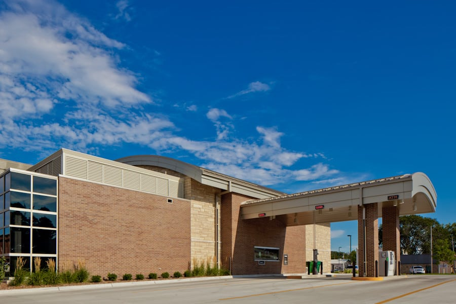 120807_BankMidwest_S_011